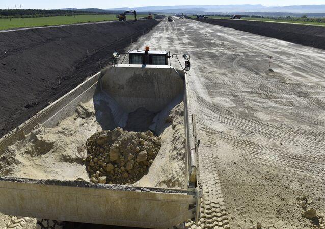 Kırım'da Tavrida otoyolunun yapımına başlandı