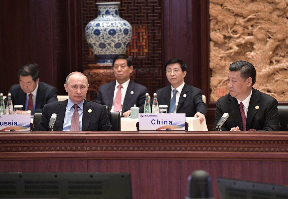 Rusya Devlet Başkanı Vladimir Putin Kuşak ve Yol Forumu'nda