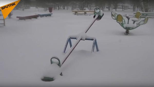 Mayıs 'sürprizi': Karelya'da kar esareti - Sputnik Türkiye