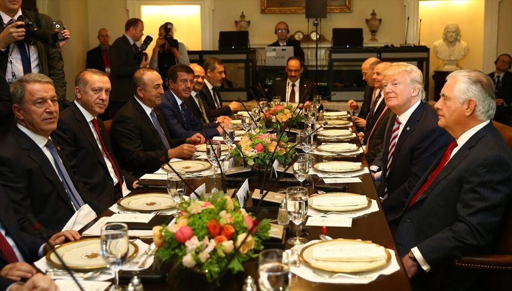 Cumhurbaşkanı Recep Tayyip Erdoğan ve ABD Başkanı Donald Trump - heyet
