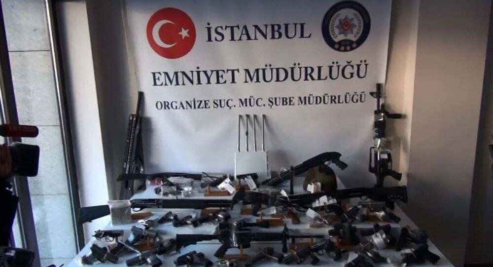 Organize suç örgütü lideri Sedat Şahin'in villasından çıkan cephanelik