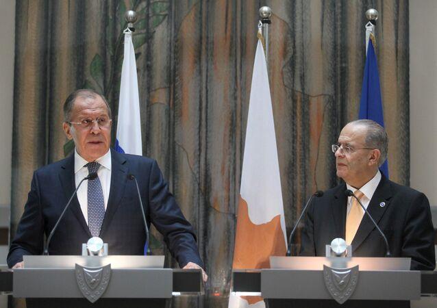 Rusya Dışişleri Bakanı Sergey Lavrov ve Kıbrıslı mevkidaşı Yannis Kasulidis