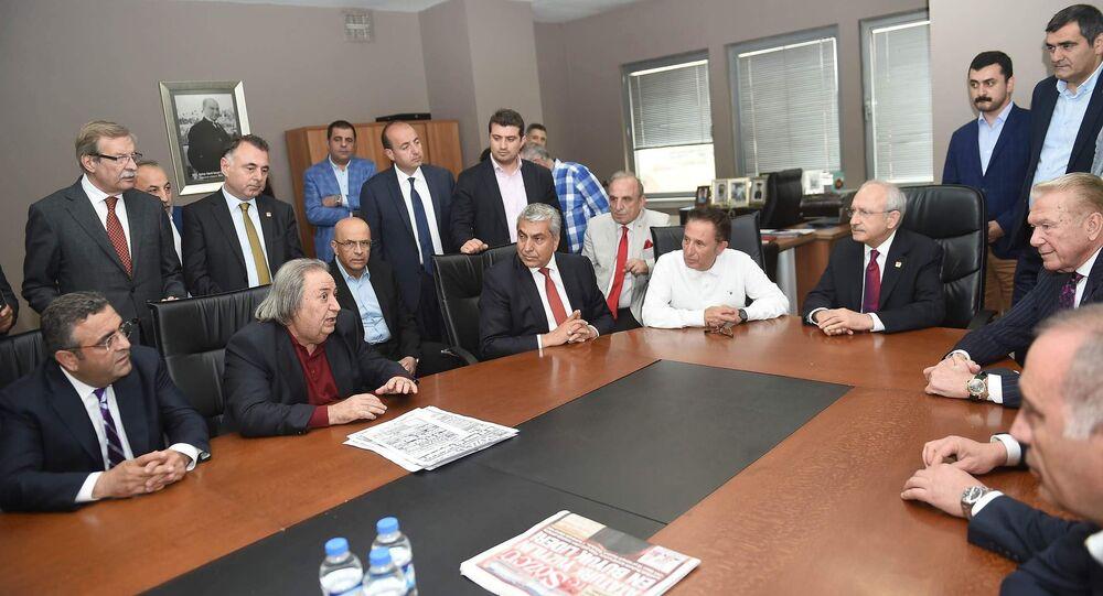 Sözcü yazarları ve CHP lideri Kemal Kılıçdaroğlu