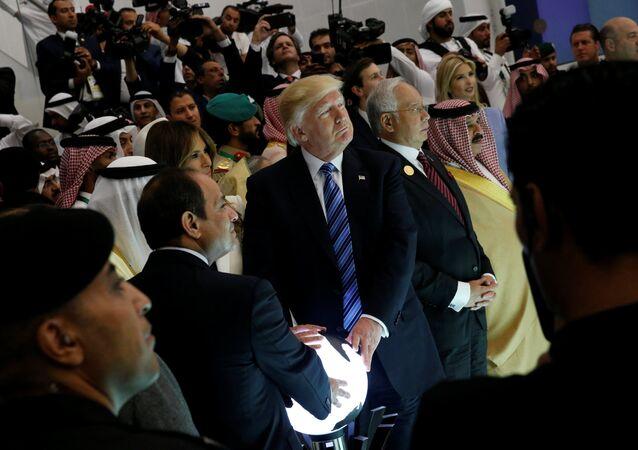 ABD Başkanı Donald Trump - Mısır Cumhurbaşkanı Abdülfettah Sisi - Suudi Arabistan Kralı Selman