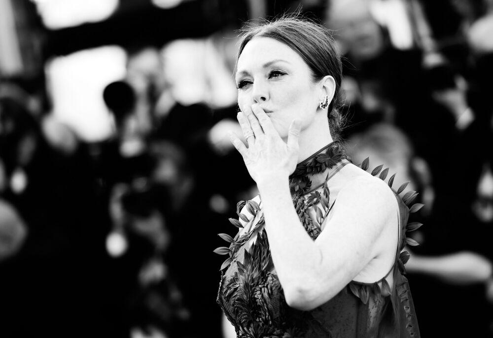 Cannes Film Festivali'nin güzelllerine siyah-beyaz bakış