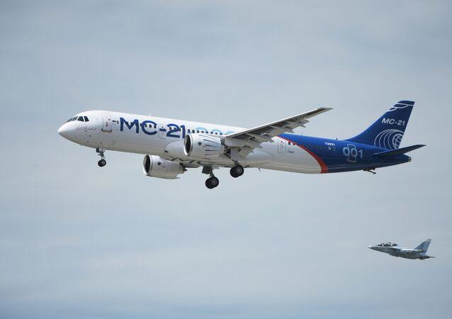 MS-21 tipi Rus yolcu uçağı