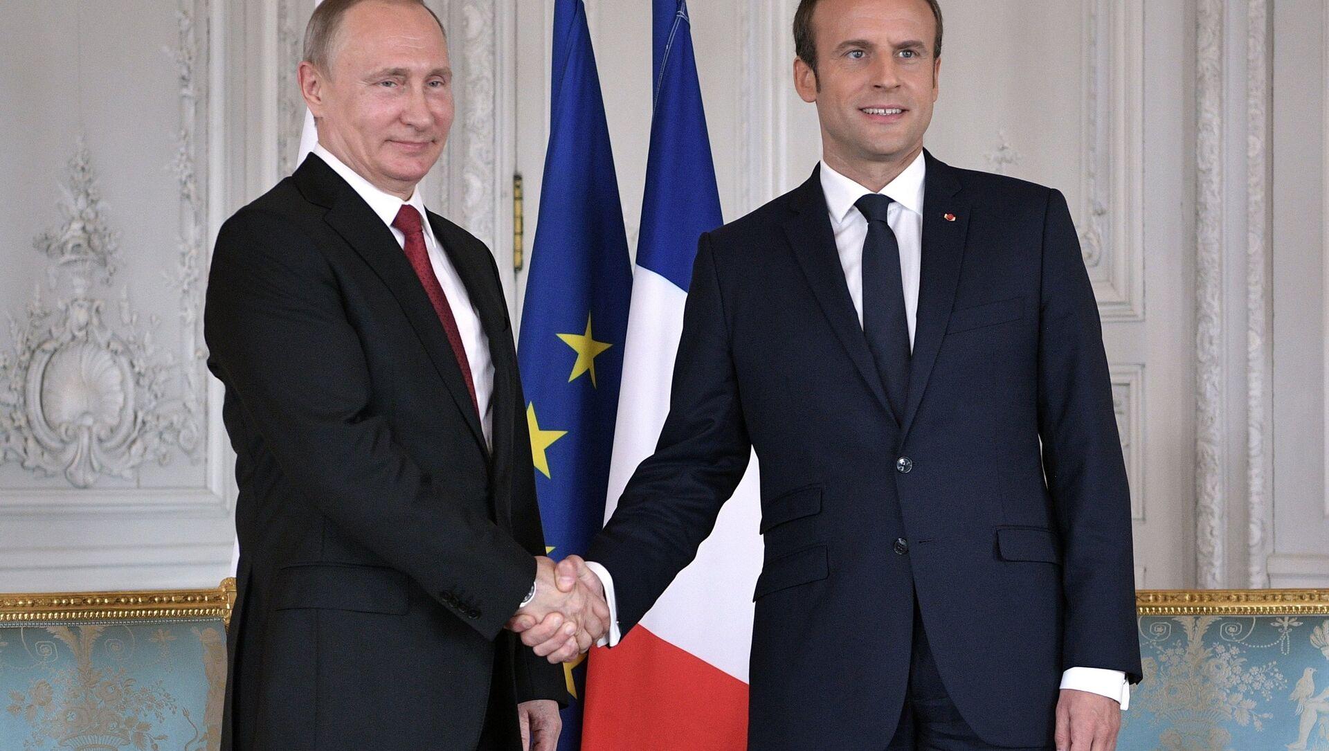Rusya Devlet Başkanı Vladimir Putin ve Fransa Cumhurbaşkanı Emmanuel Macron - Sputnik Türkiye, 1920, 26.04.2021