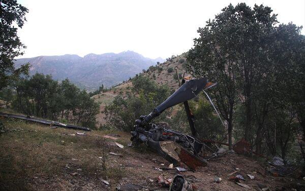 Şırnak'ta düşen helikopterin enkazı - Sputnik Türkiye