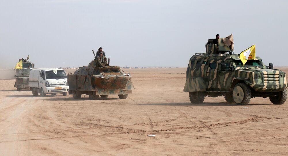 Rakka'ya ilerleyen Demokratik Suriye Güçleri / DSG