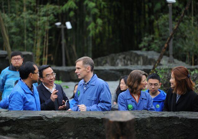 ABD'nin eski Pekin Büyükelçiliği maslahatgüzarı David Rank
