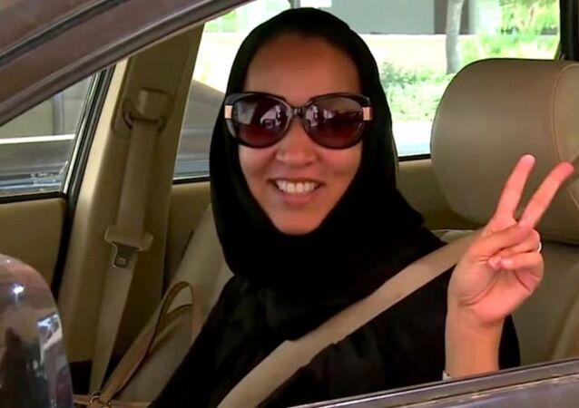 Suudi kadın aktivist araba kullanmaktan ikinci kez tutuklandı