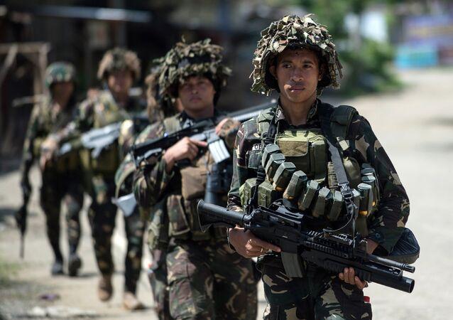 Filipinler askeri