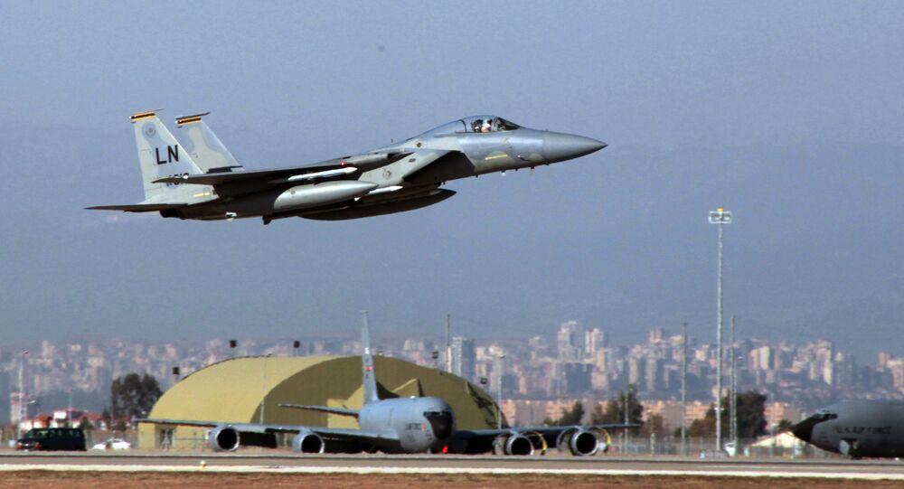 F15 jeti havalanıyor