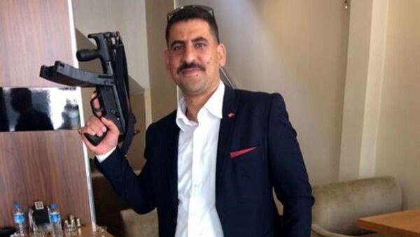 Ak Parti Gençlik Kolları Yönetim Kurulu üyesi Mehmet Aybek - Sputnik Türkiye