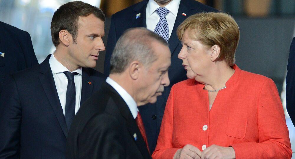 Angela Merkel - Emmanuel Macron - Recep Tayyip Erdoğan