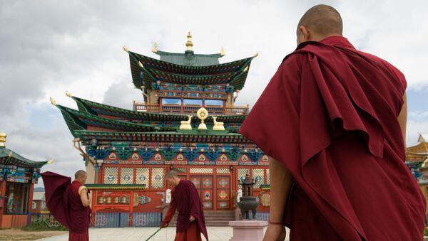Buryatiya'daki İvolskiy Datsan Budist Tapınağı - Sputnik Türkiye