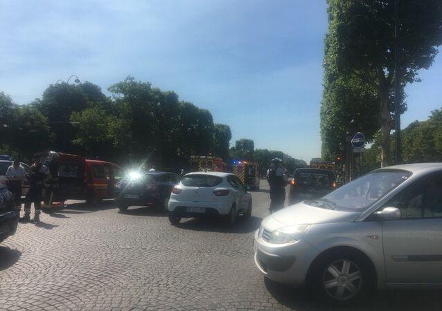 Fransa - Paris - Champs-Elysees - saldırı