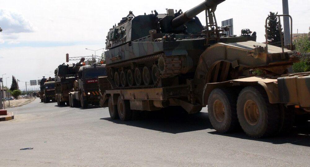 Kilis'in Suriye sınırına 5 tank sevkiyatı