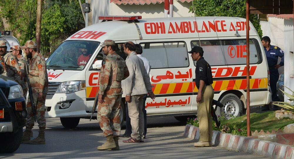 Pakistan'da patlama - saldırı / ambulans