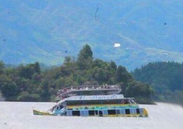 Kolombiya - tekne