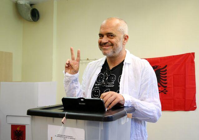 Arnavutluk Başbakanı ve Sosyalist Parti lideri Edi Rama