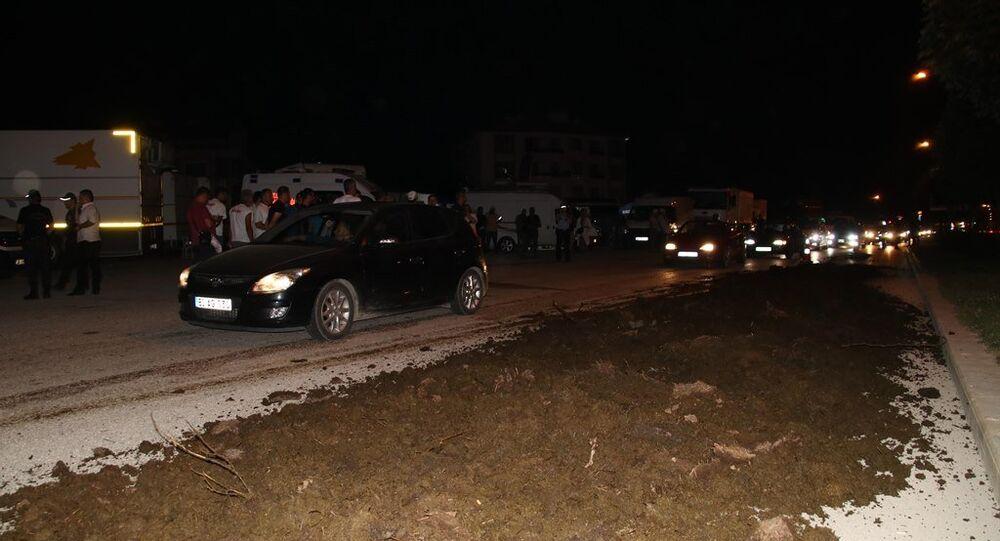 Düzce'de Adalet Yürüyüşü kampının yanına gübre döküldü