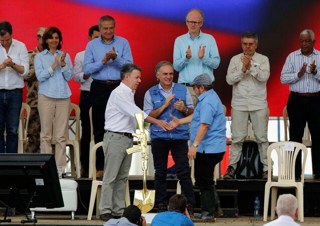 FARC-silah bırakma