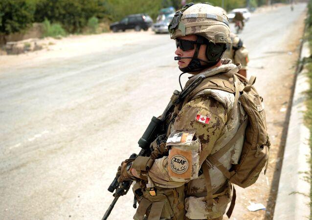 Afganistan NATO'ya bağlı Kanada askeri