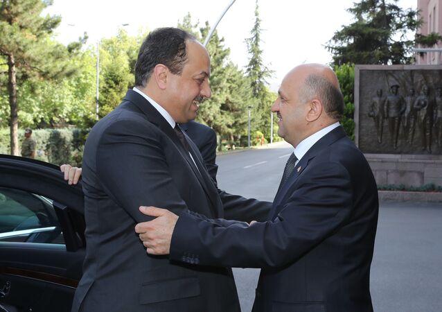 Milli Savunma Bakanı Fikri Işık ile Katar Savunma Bakanı Halid bin Muhammed el Atiye