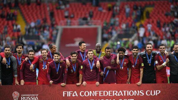 Portekiz Milli Takımı, Konfederasyonlar Kupası 3.lüğünü kutluyor. - Sputnik Türkiye