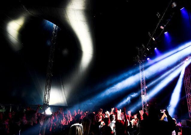 İsveç'in en büyük müzik festivallerinden biri olan Bravalla