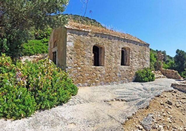 Marmaris İlçesi'ndeki Kameriye (Kamelya) Adası'nda 1800 yıllık Ortodoks Kilisesi