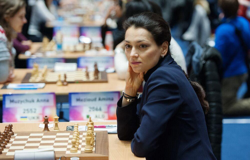 'Satranç kraliçesi' olarak anılan Aleksandra Kostenyuk