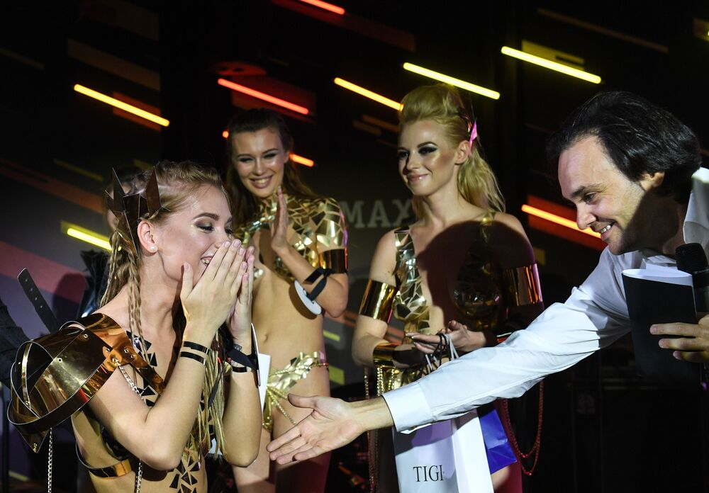 Yarışmanın birincisi Şadrinsk kentinden Yekaterina Kotaro oldu.