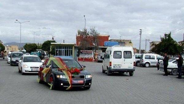 Düğün konvoyu - Sputnik Türkiye