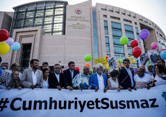 Cumhuriyet Gazetesi davası