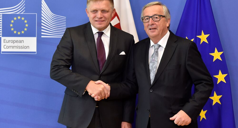 AB Komisyonu Başkanı Jean Claude Juncker- Slovakya Başbakanı Robert Fico