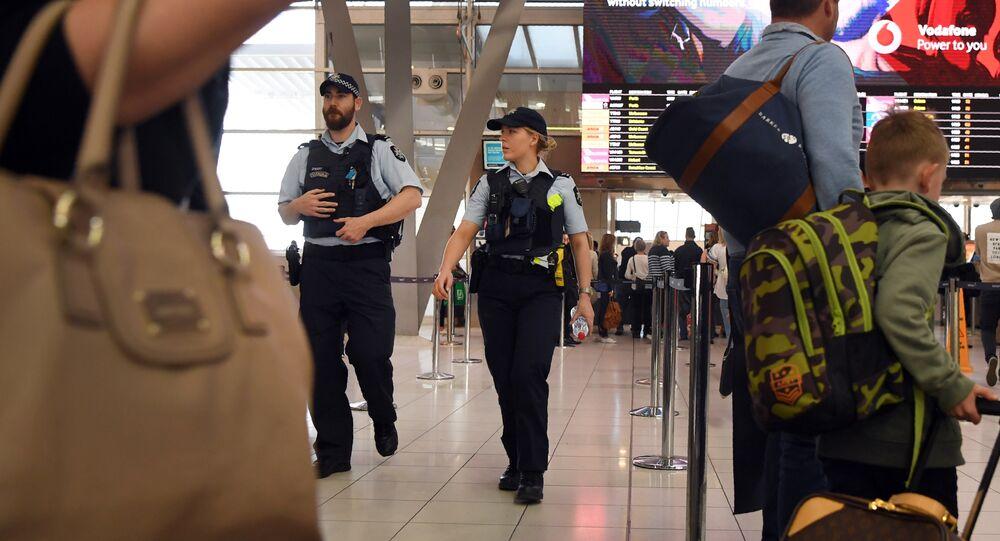 Sydney Havalimanı'nda polis