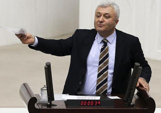 CHP İzmir Milletvekili Tuncay Özkan