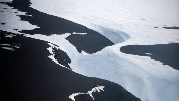 Buz dağı - Sputnik Türkiye