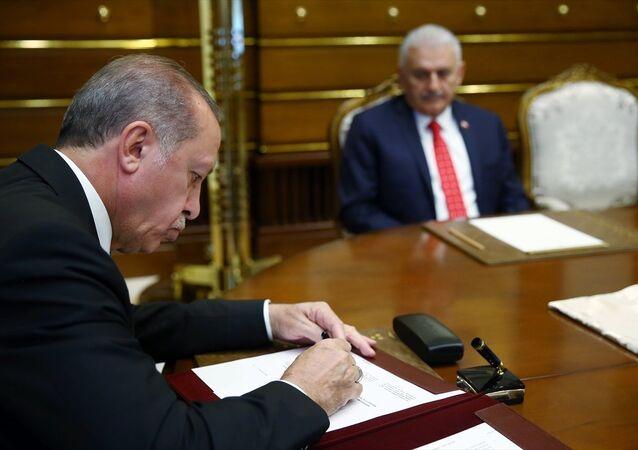 Cumhurbaşkanı Recep Tayyip Erdoğan, YAŞ kararını imzaladı
