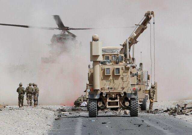 Afganistan / Kandahar'da NATO konvoyuna intihar saldırısı