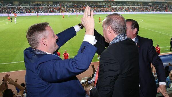 Cumhurbaşkanı Recep Tayyip Erdoğan / Medipol Başakşehir Spor Kulübü - Sputnik Türkiye