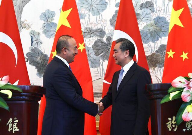 Dışişleri Bakanı Mevlüt Çavuşoğlu Çin Dışişleri Bakanı Wang Yi