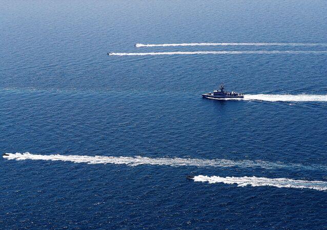 Türk Donanma Komutanlığına bağlı TCG Gökova Fırkateyni, iki ülkenin ortaklaşa düzenleyeceği deniz tatbikatlarına katılmak üzere 214 kişiden oluşan askeri birliğiyle 31 Temmuz'da Hamed Limanı'na ulaşmıştı.