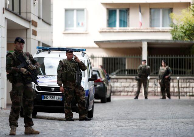Fransız askerler