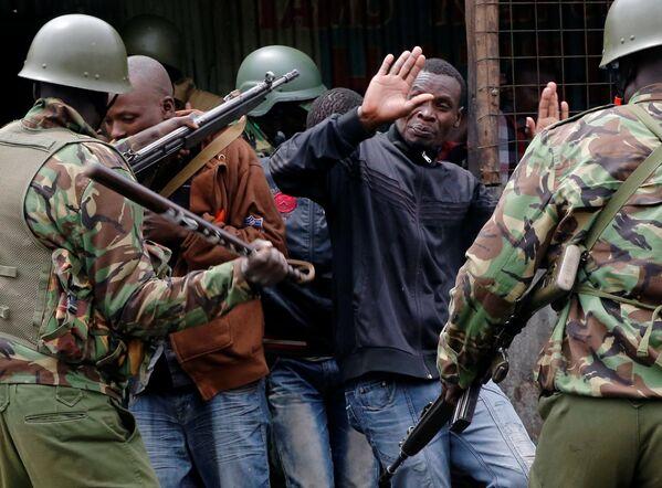 Kenya'da muhalifler seçim sonrası sokağa indi: 3 ölü - Sputnik Türkiye