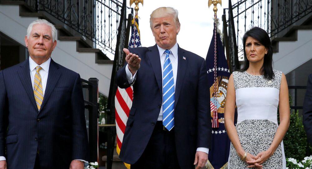 ABD Dışişleri Bakanı Rex Tillerson, ABD Başkanı Donald Trump, ABD'nin BM Daimi Temsilcisi Nikki Haley