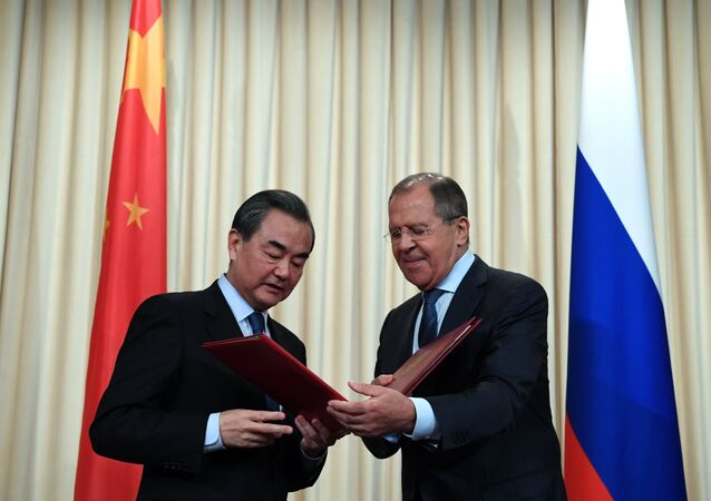 Rusya Dışişleri Bakanı Sergey Lavrov ve Çin Dışişleri Bakanı Wang Yi,