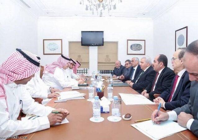 Suriye Muhalif ve Devrimci Güçler Ulusal Koalisyonu (SMDK) Suudi Arabistan'da